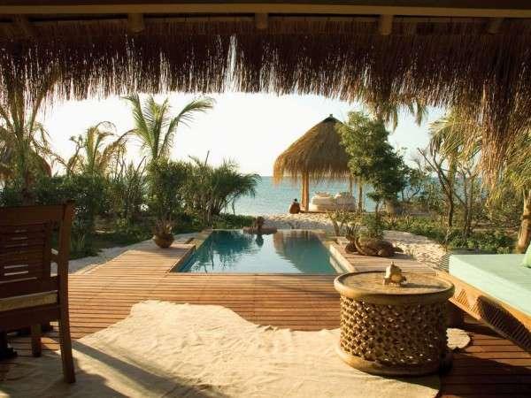 villa-view-over-plunge-pool.jpg.1024x0