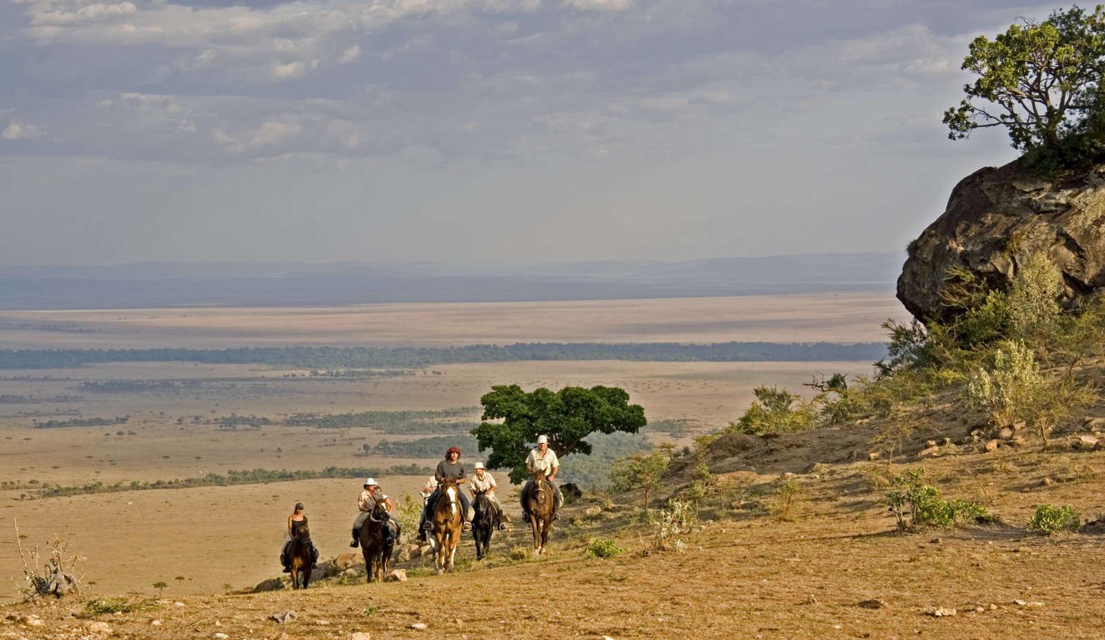 Kenya_Masai Mara_Equitours_OBH-Olololo-escarpment